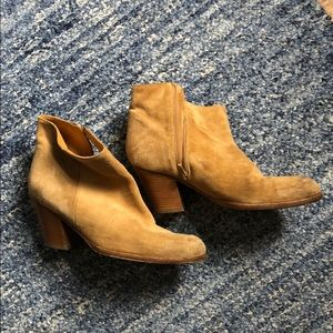 Saks Fifth Avenue Shoes - Saks Suede leather booties, size 36